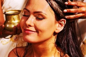 Method and application of hair oil